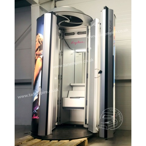 Vertical solarium Ergoline Lounge with changing room